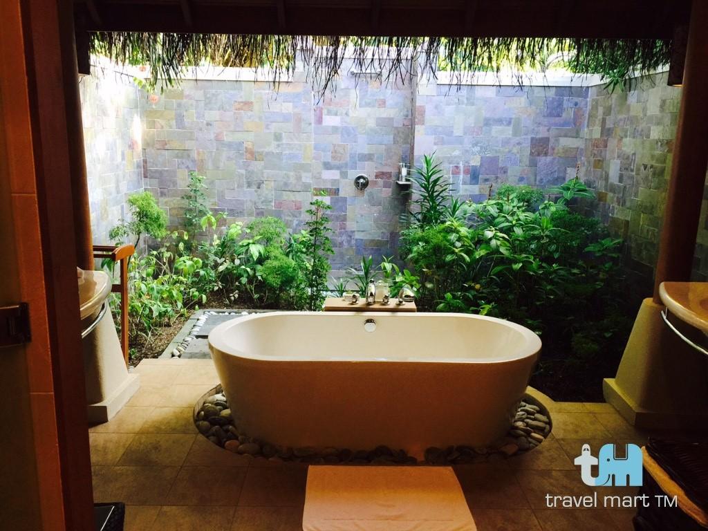 baros maldives. Black Bedroom Furniture Sets. Home Design Ideas